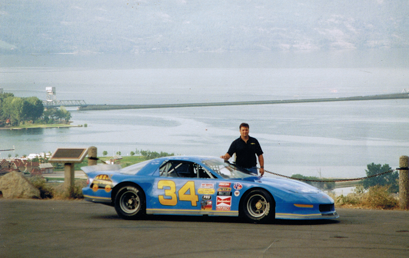 Darren Turner with Camaro late model race car